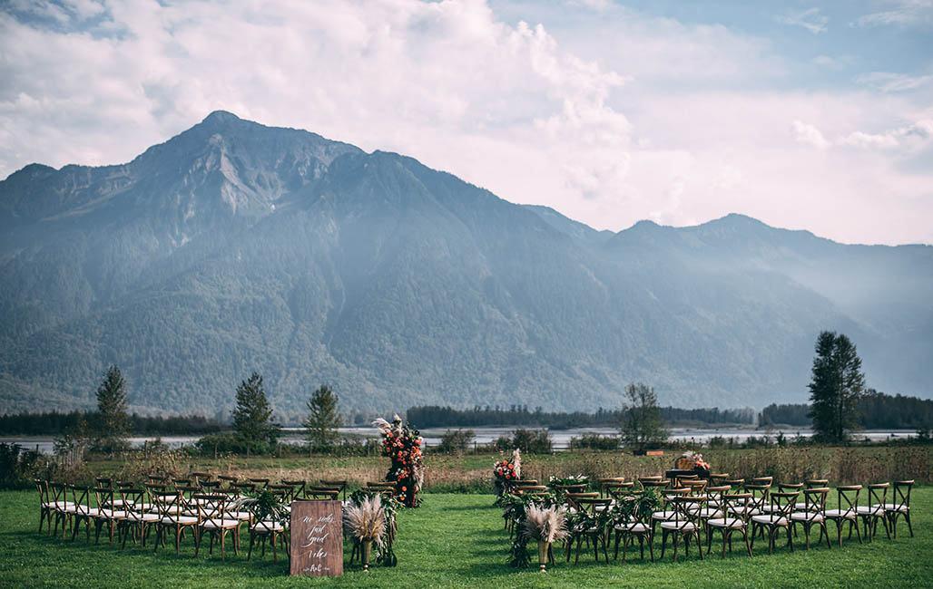 Outdoor Scenic Tables Wedding Rental